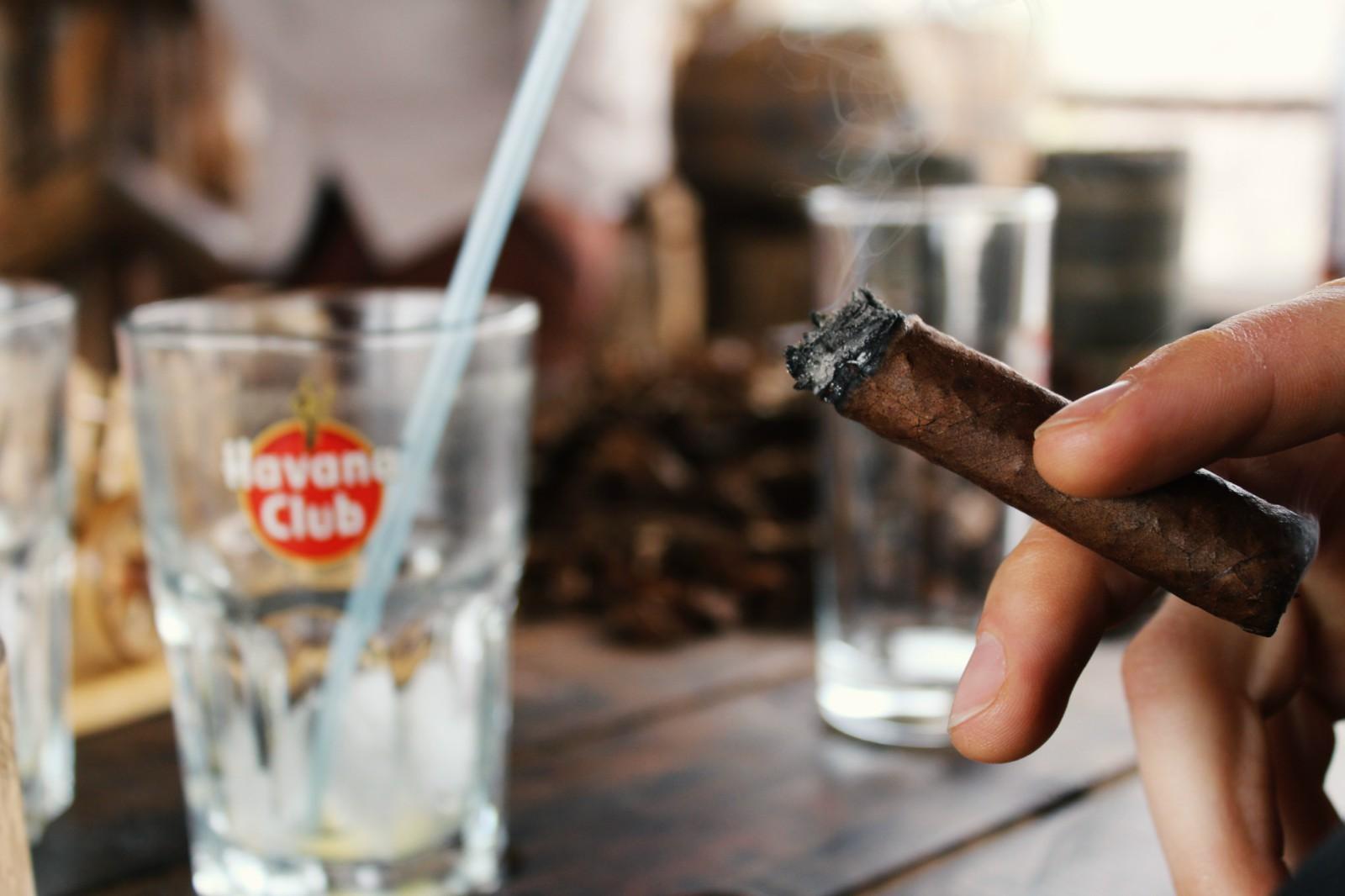 Z Havany do Valle de Viñales – rum, cigary, káva a kubánsky vidiek